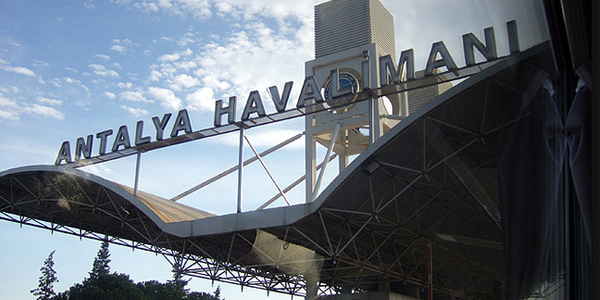 Antalya airport parking